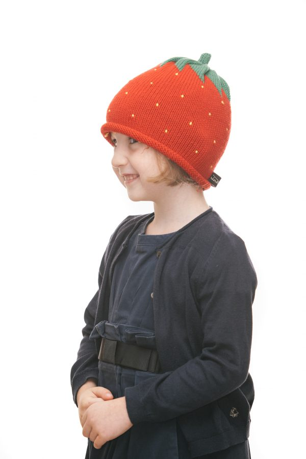 ninas needles Erdbeerhaube aus roter Merinowolle für 2 - 6 Jahre Ansicht 2