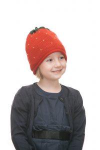 ninas needles Erdbeerhaube aus roter Merinowolle für 2 - 6 Jahre Ansicht 5