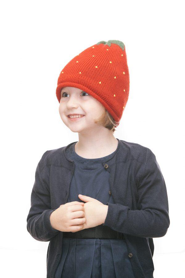ninas needles Erdbeerhaube aus roter Merinowolle für 2 - 6 Jahre Ansicht 6